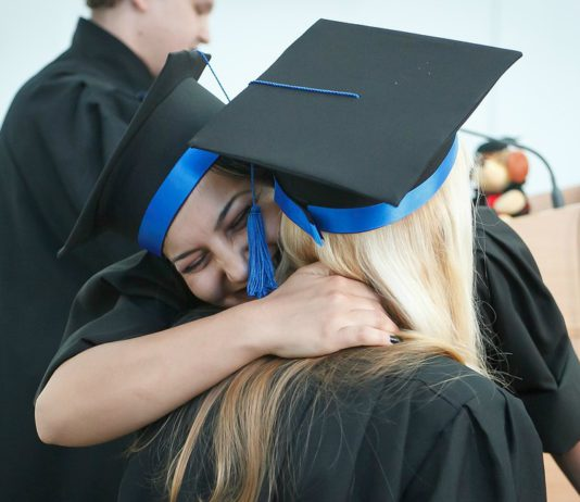 Kent Events: Graduation ceremonies for Kent, Washington in June 2017