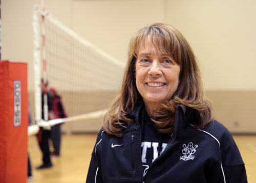 Kent News: Kentwood High School Athletic Director Jo Anne Daughtry named as North Puget Sound League 2016-17 Athletic Director of the Year