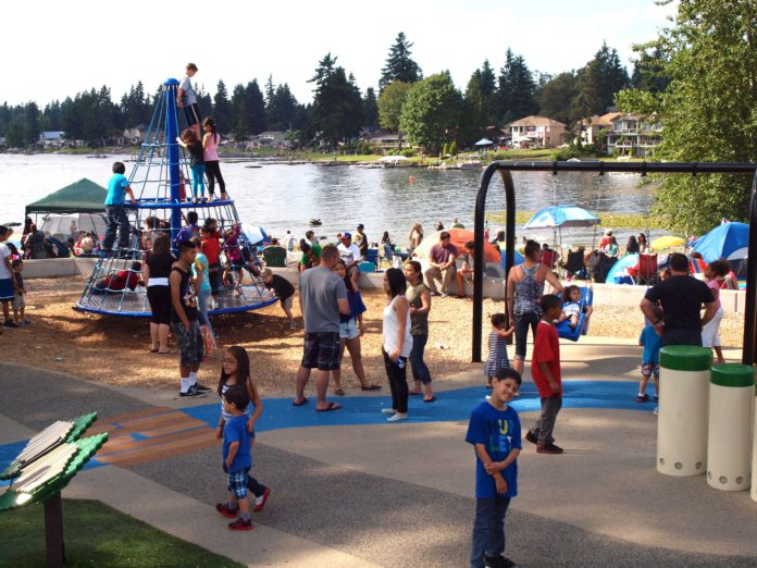 Free Family Fun in Kent: 4th of July Splash
