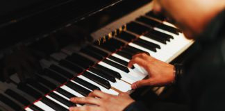 Things To Do in Kent: Music and Art Showcase at Kent Senior Center