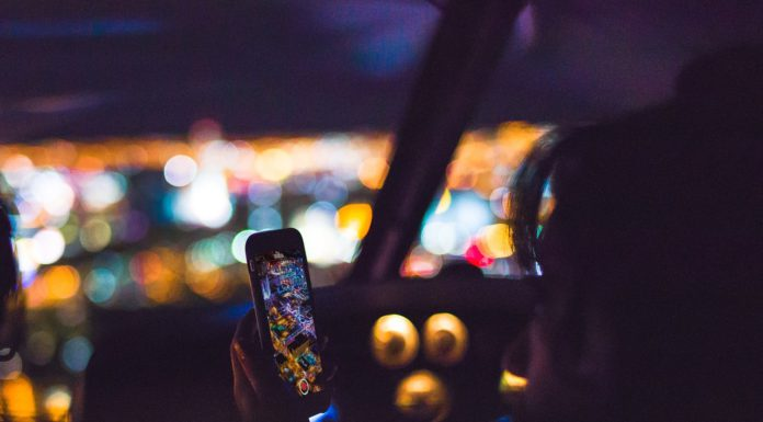 Kent News: Distracting Driving Law Goes Into Effect Sunday,July 23, 2017.