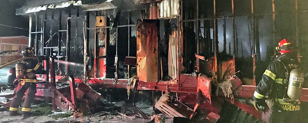 Five escape fire in Kent early Monday morning