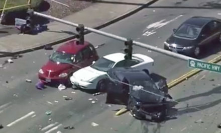 Multiple car crash, foot pursuit closes intersection in Kent Wednesday