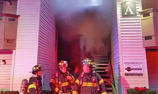 Kitchen fire hits apartment in Kent Wednesday morning