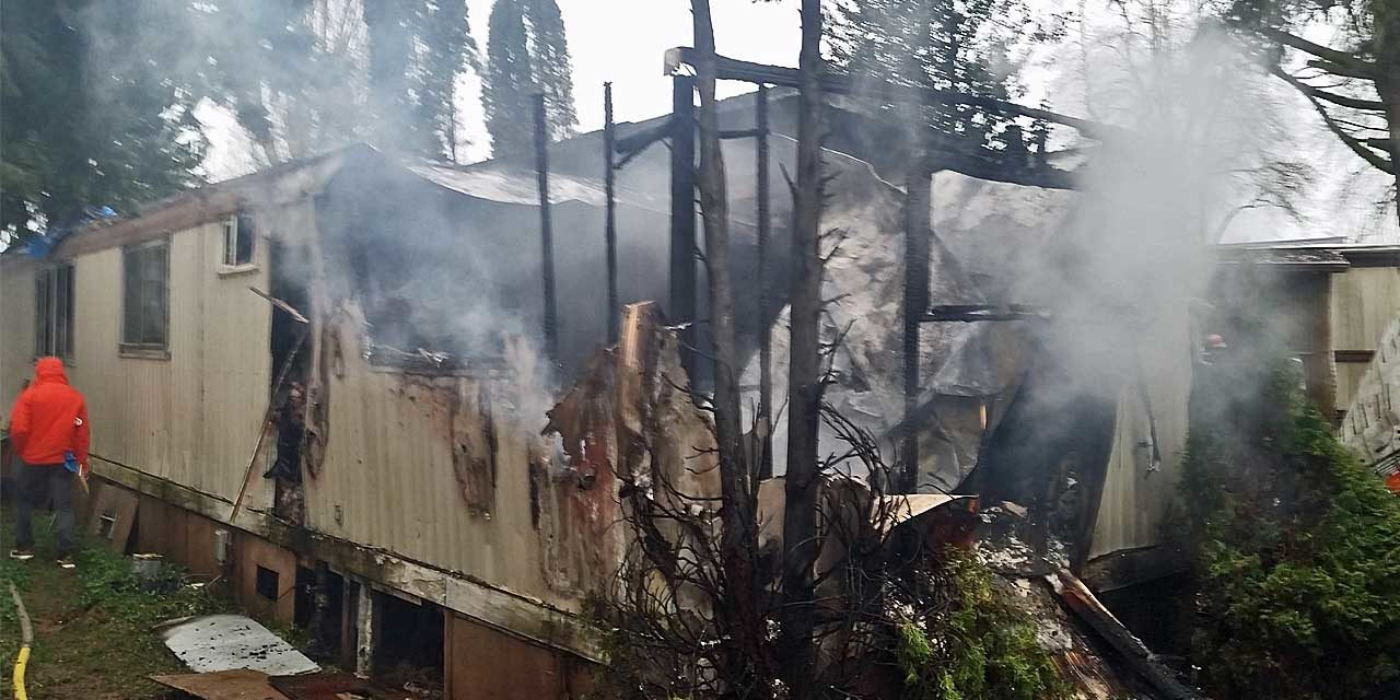 Mobile home fire kills husband and wife in Kent Monday morning