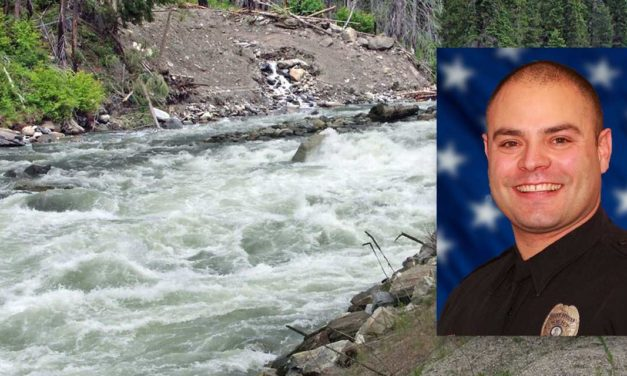Kent Police help save life of child in swift moving Wenatchee River